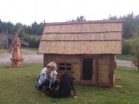 Czytaj więcej: Domek z trzciny - Chatka Jasia i Małgosi
