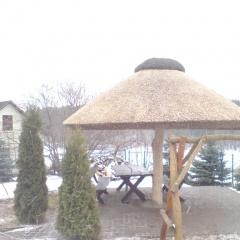 Altany, bramy, wiaty ze strzechą
